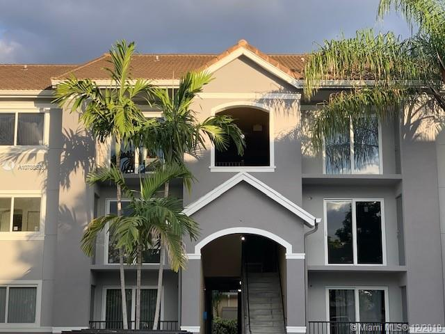 Vista Trace 3 Condo Real Estate Listings Main Image