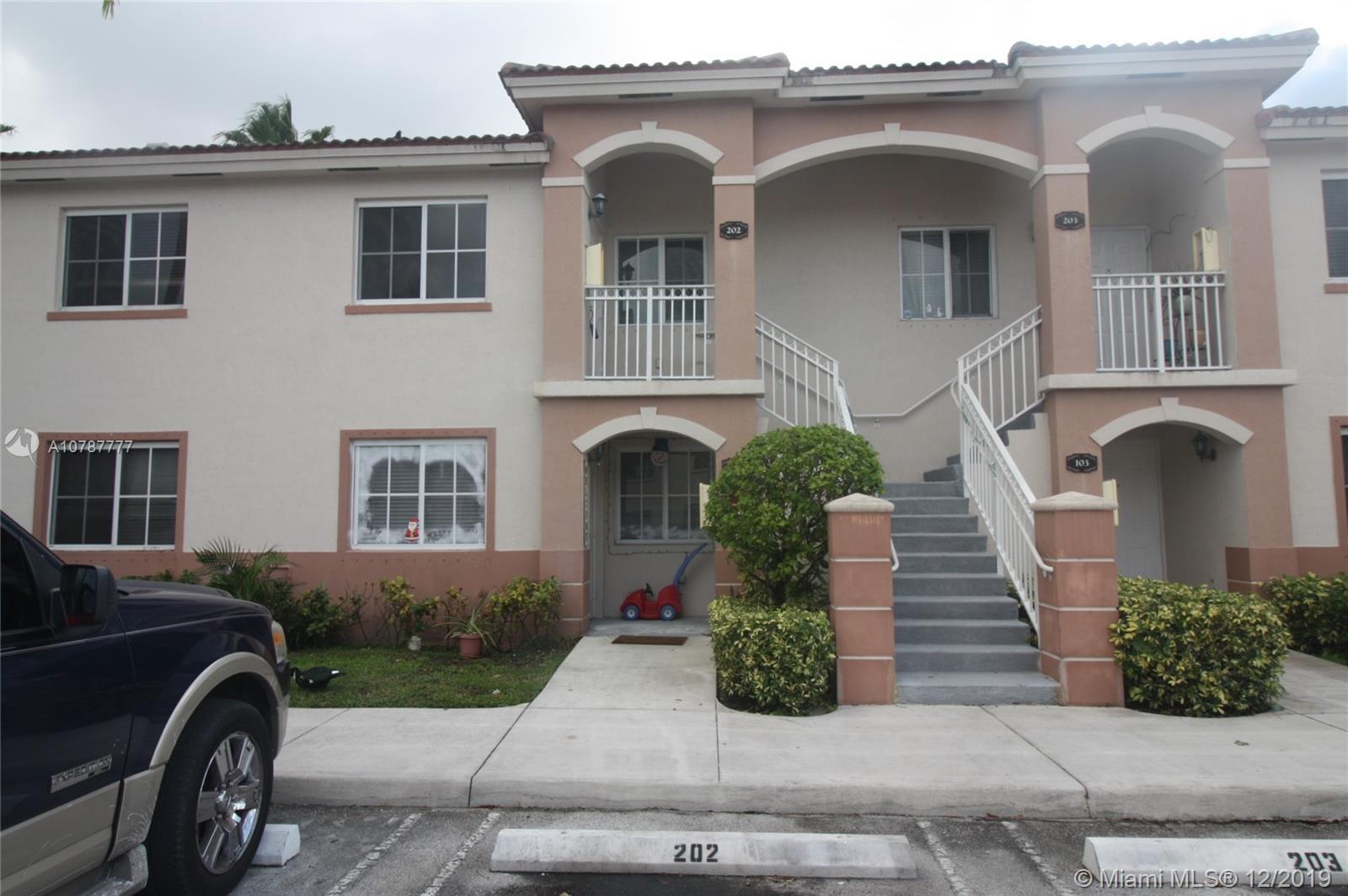 1260 SE 27th St #202 Property Photo