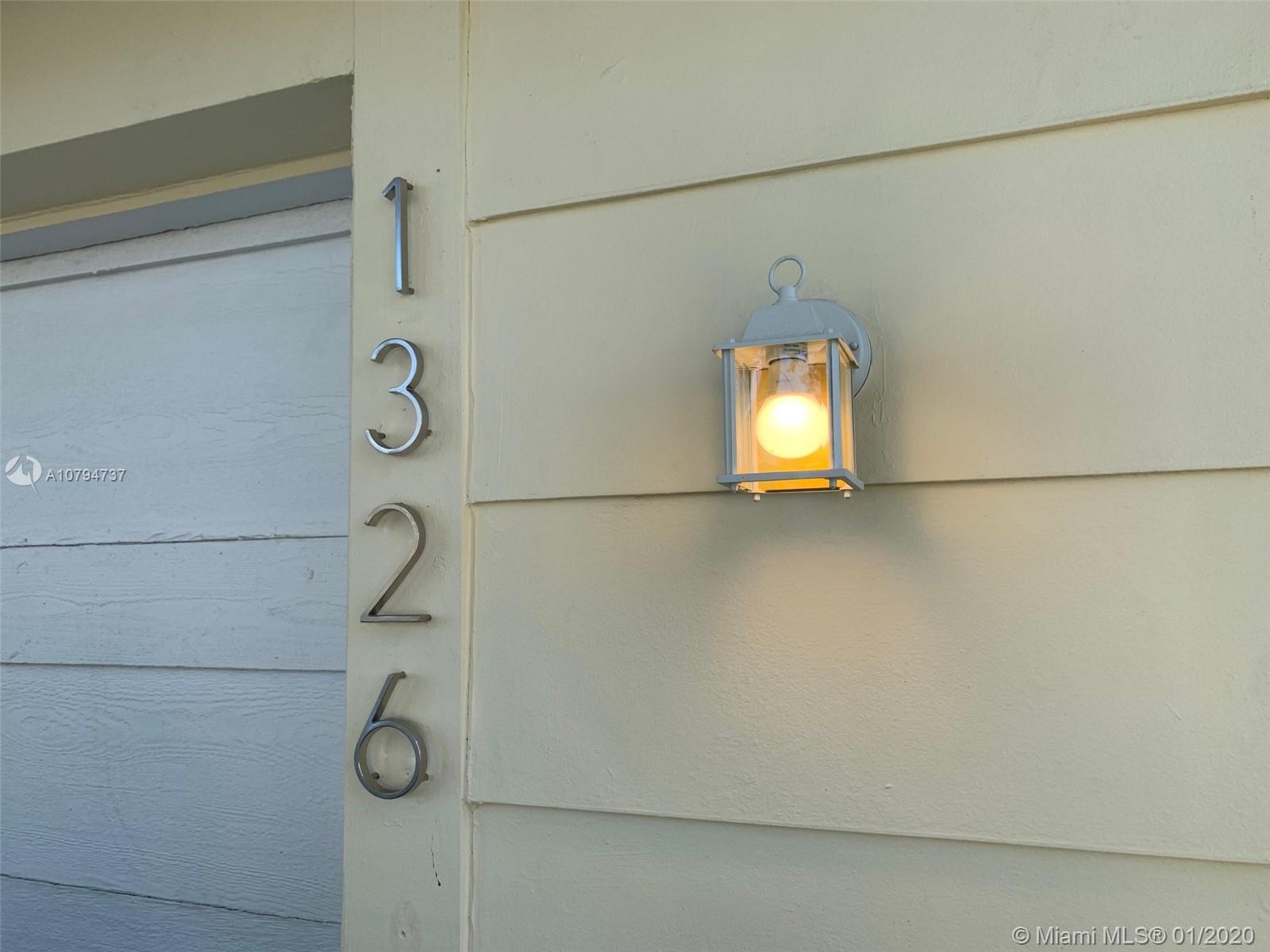1326 N Quetzal Ct, Homestead, FL 33035 - Homestead, FL real estate listing