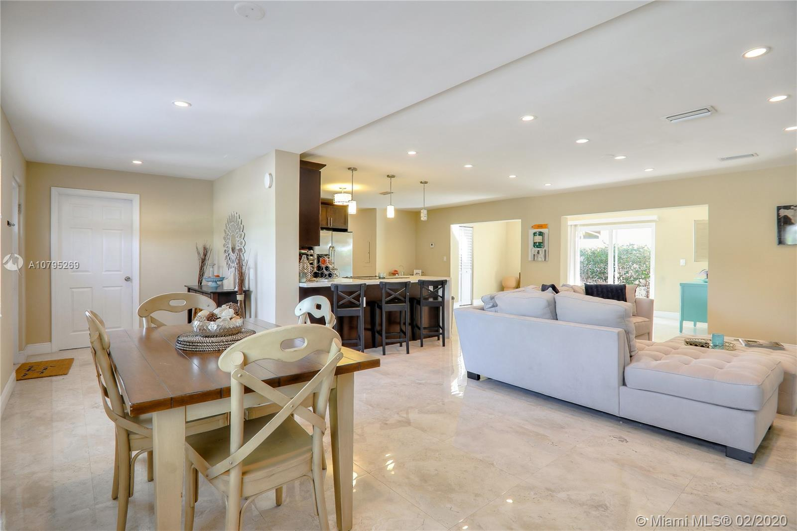 1900 NE 15th Ave Property Photo - Fort Lauderdale, FL real estate listing