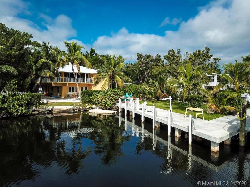 Largo Sound Village Real Estate Listings Main Image