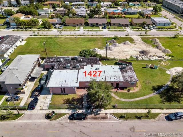 1427 NW 2nd Ave Property Photo - Florida City, FL real estate listing