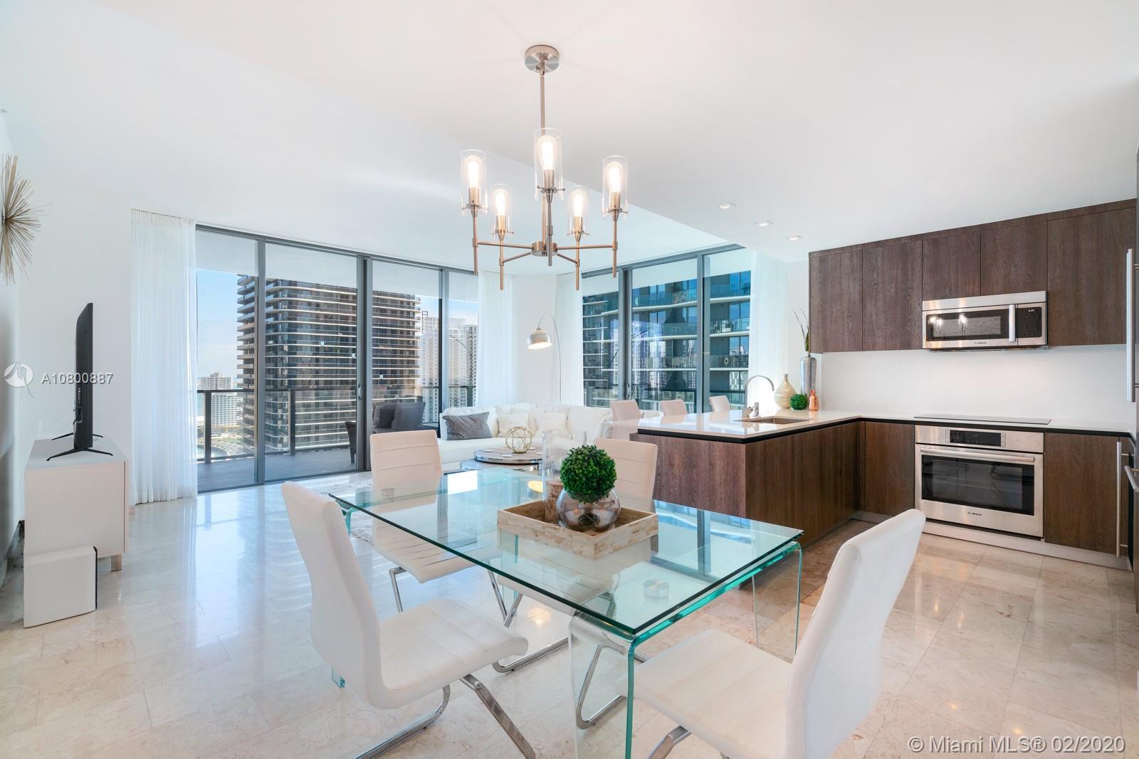 88 SW 7th St #2601 Property Photo - Miami, FL real estate listing