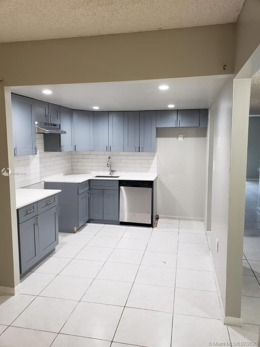 8401 W Sample Rd #20, Coral Springs, FL 33065 - Coral Springs, FL real estate listing