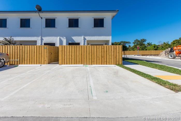 25031 SW 133rd PL #503 Property Photo