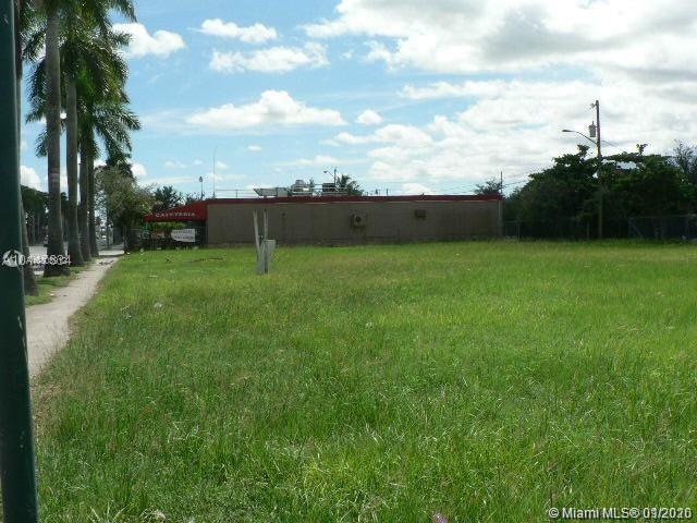 422 S Krome Ave Property Photo