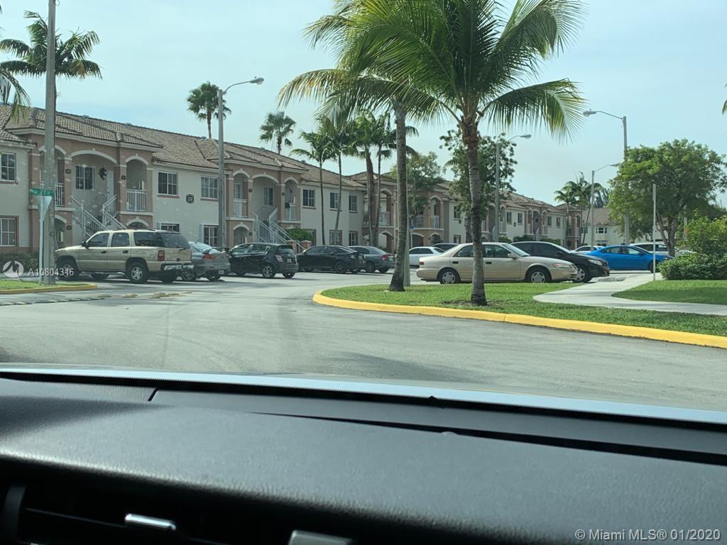 1270 SE 27th St #205 Property Photo