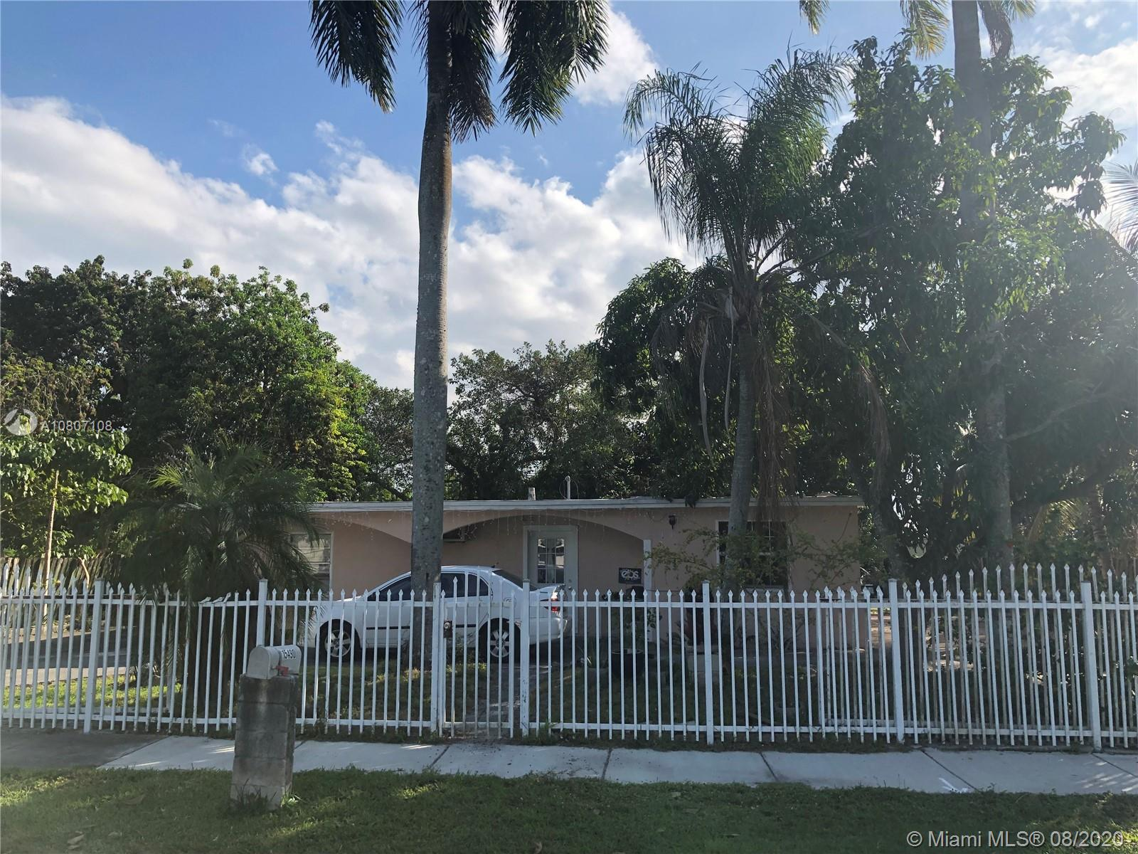 15490 Hayes Ln Property Photo - Miami, FL real estate listing