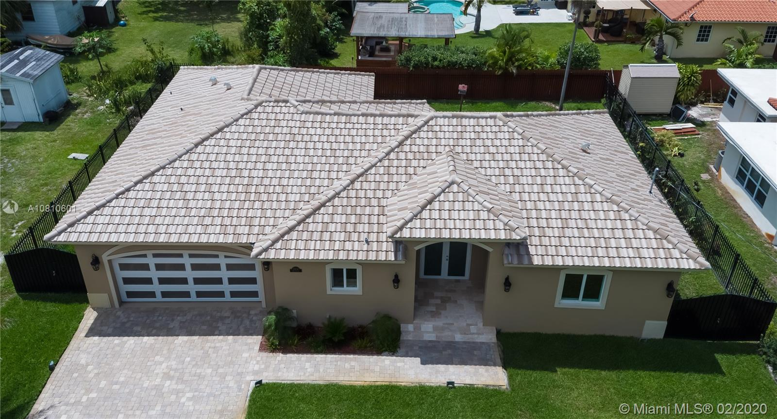 11804 NE 11th Ave Property Photo - Biscayne Park, FL real estate listing