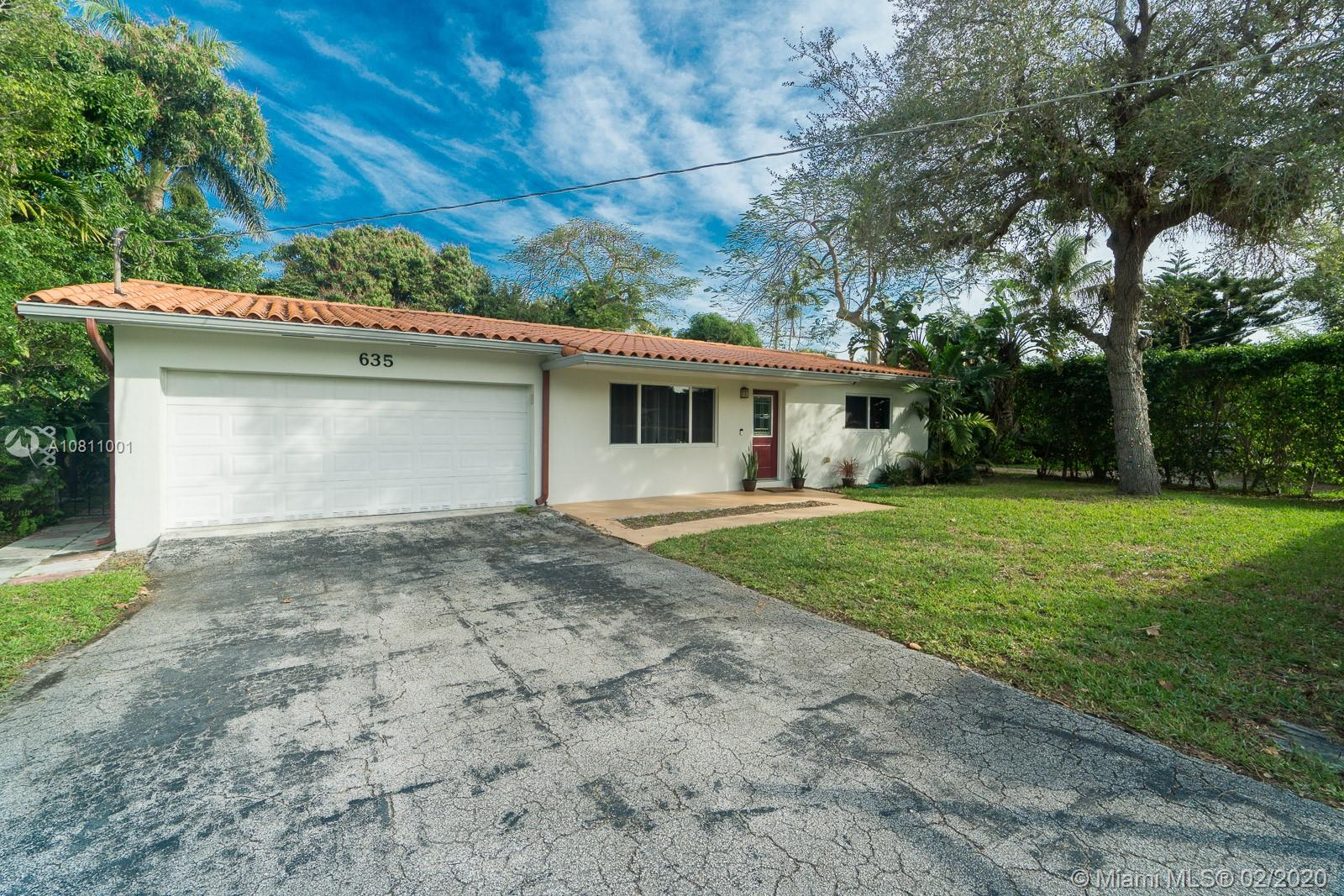 635 NE 116th St Property Photo - Biscayne Park, FL real estate listing
