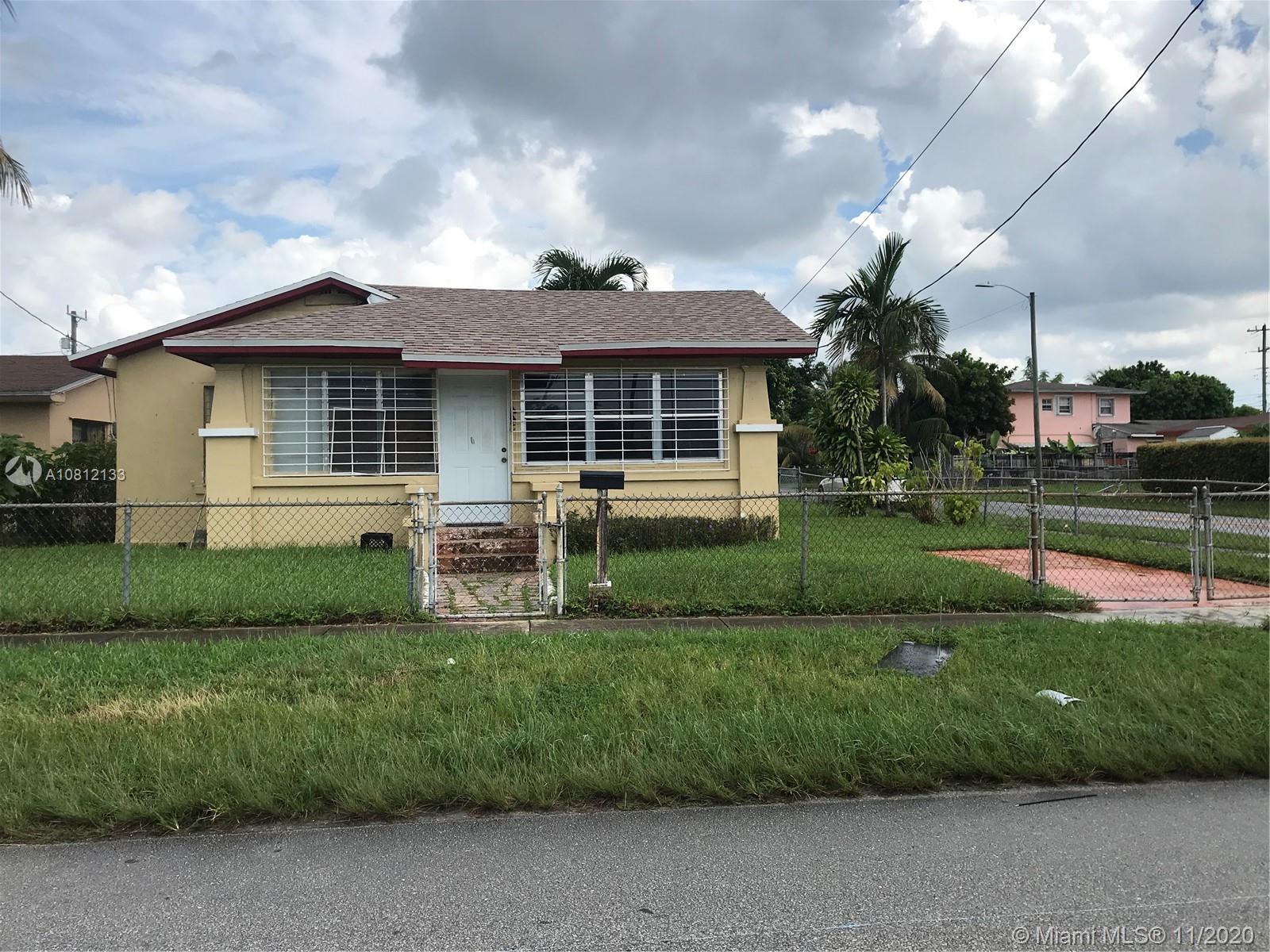 445 Ne 171st St Property Photo