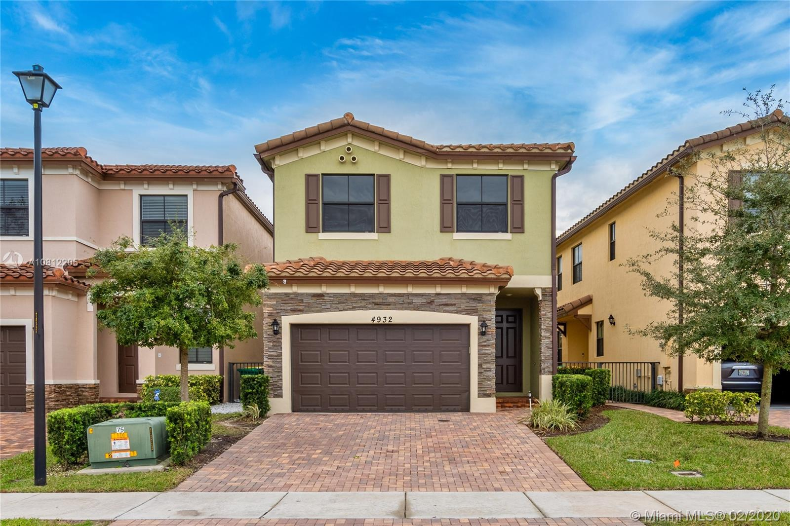 4932 NW 57th Ct, Tamarac, FL 33319 - Tamarac, FL real estate listing