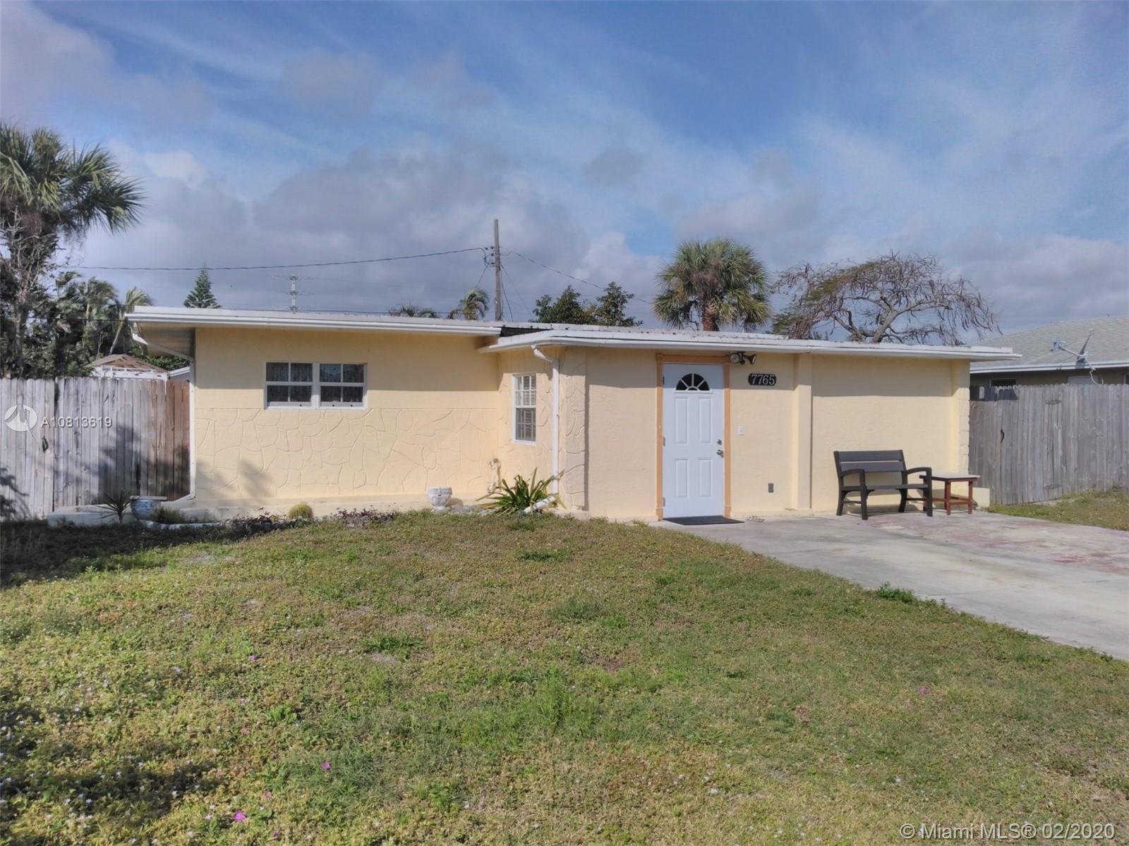 7765 Griswold St, Lake Worth, FL 33462 - Lake Worth, FL real estate listing