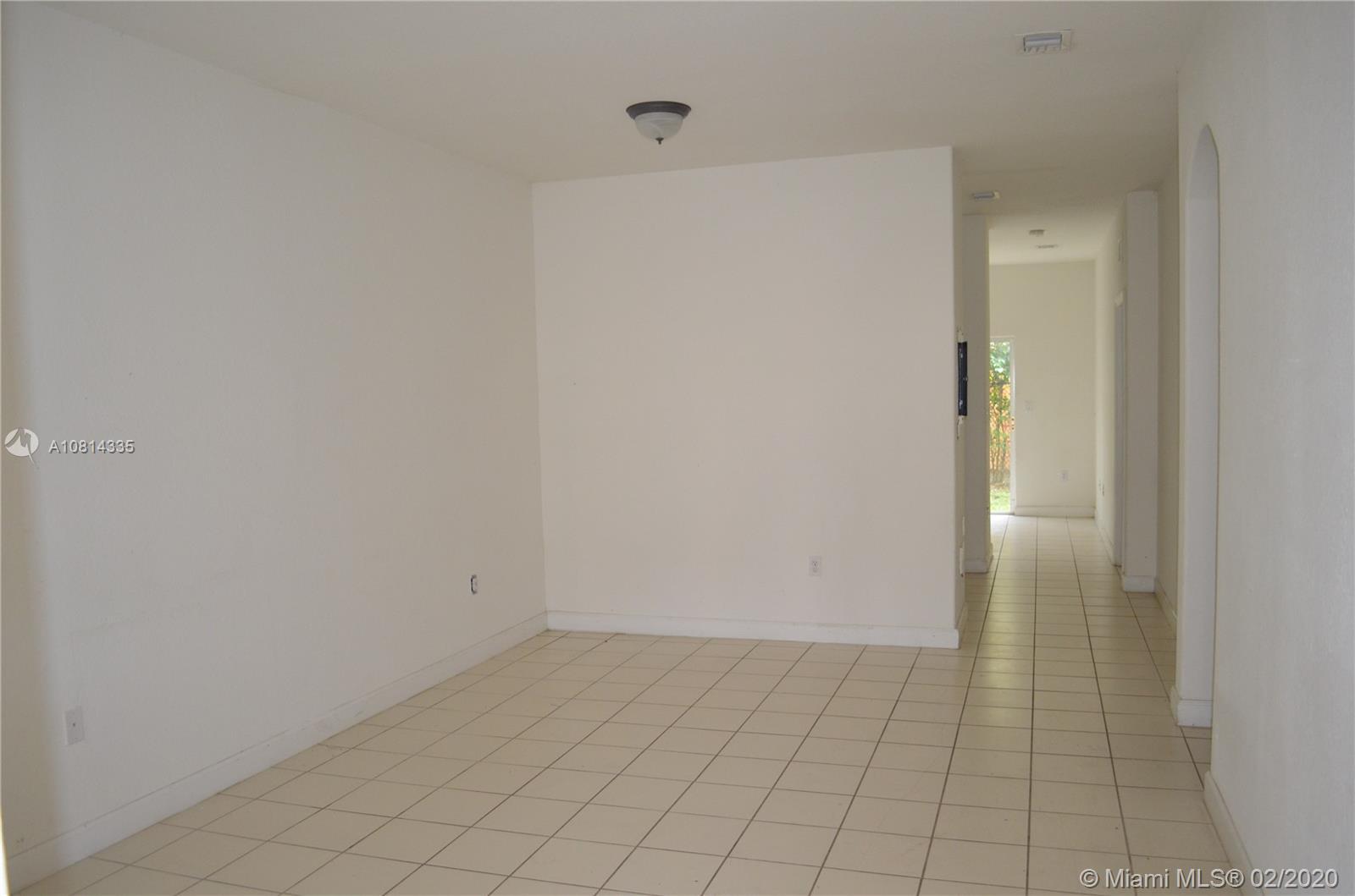 2903 SE 17th Ave #203 Property Photo