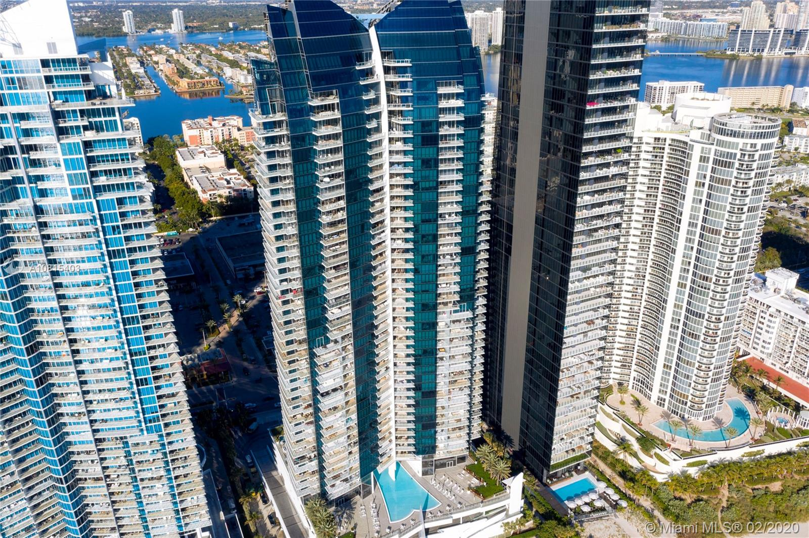 17121 Collins Ave #4605 Property Photo