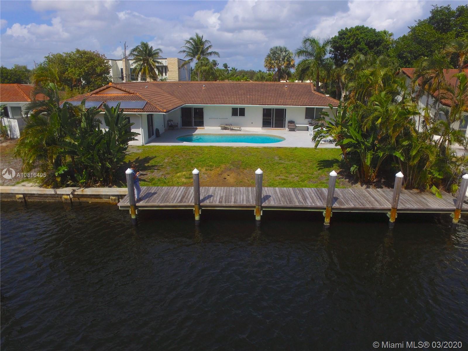 2824 NE 35th St Property Photo - Fort Lauderdale, FL real estate listing