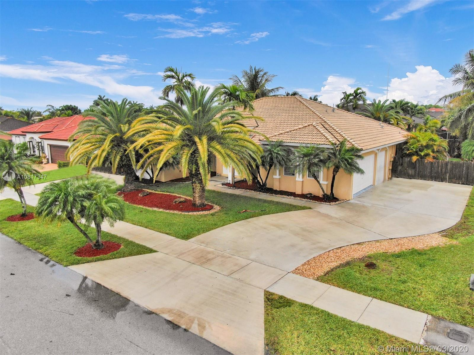 16463 SW 282nd St Property Photo - Homestead, FL real estate listing