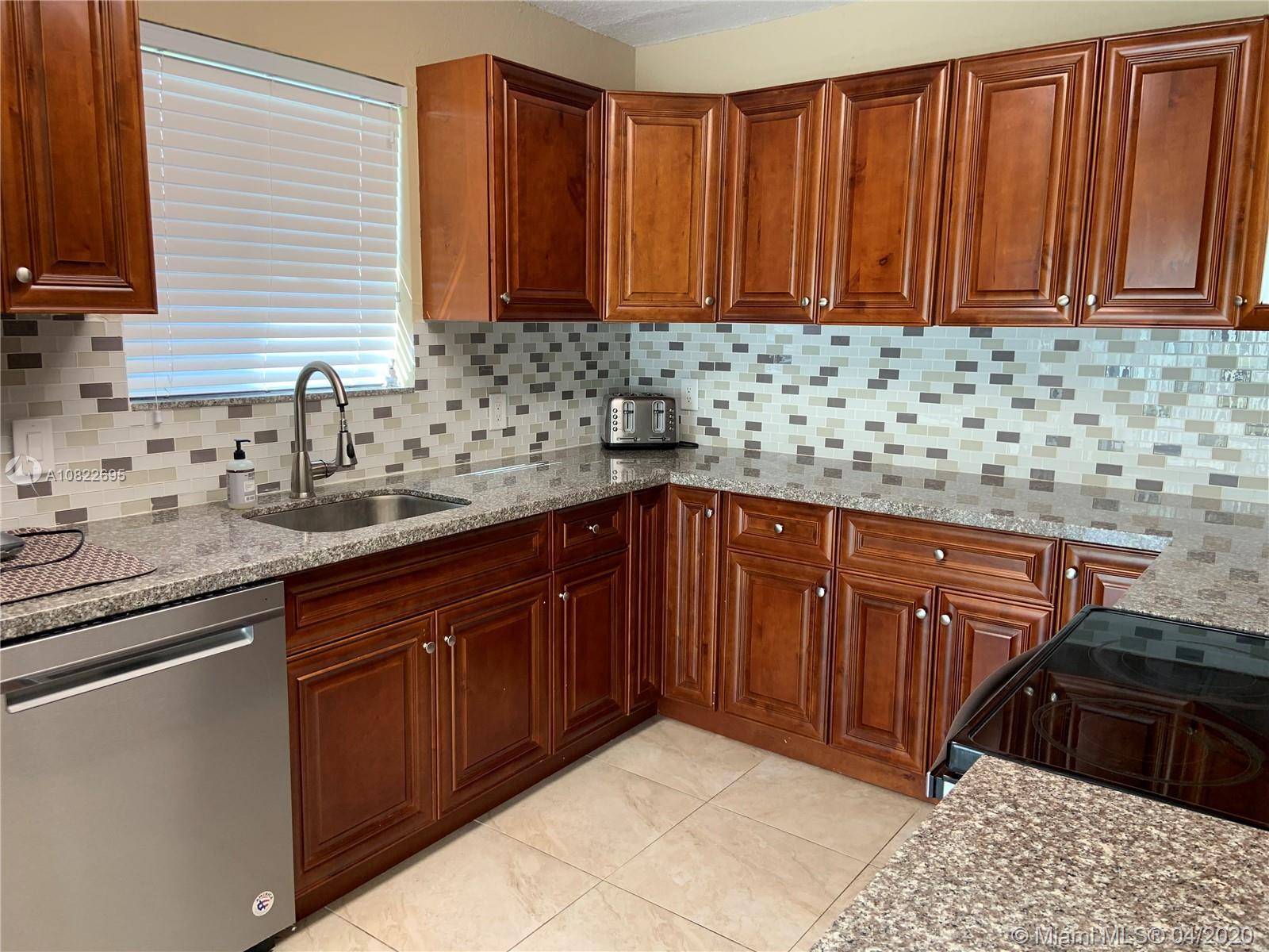 6407 SW 5th St, Pembroke Pines, FL 33023 - Pembroke Pines, FL real estate listing