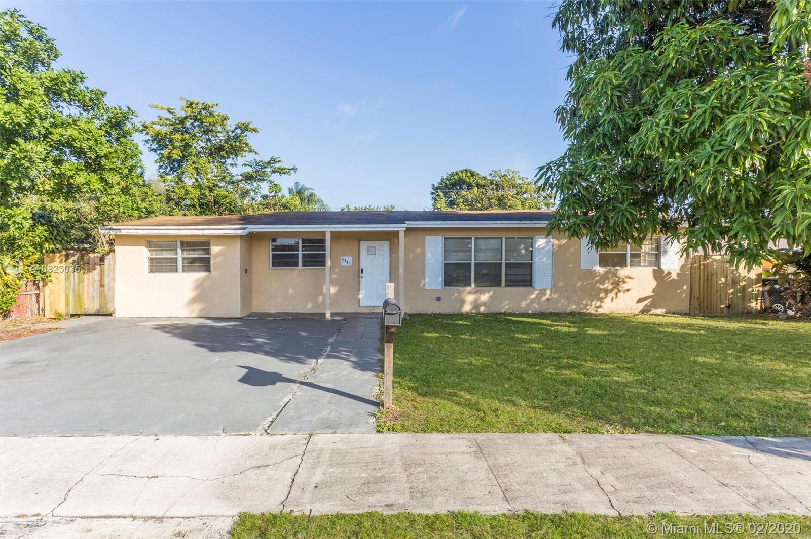 6581 Hayes St, Hollywood, FL 33024 - Hollywood, FL real estate listing