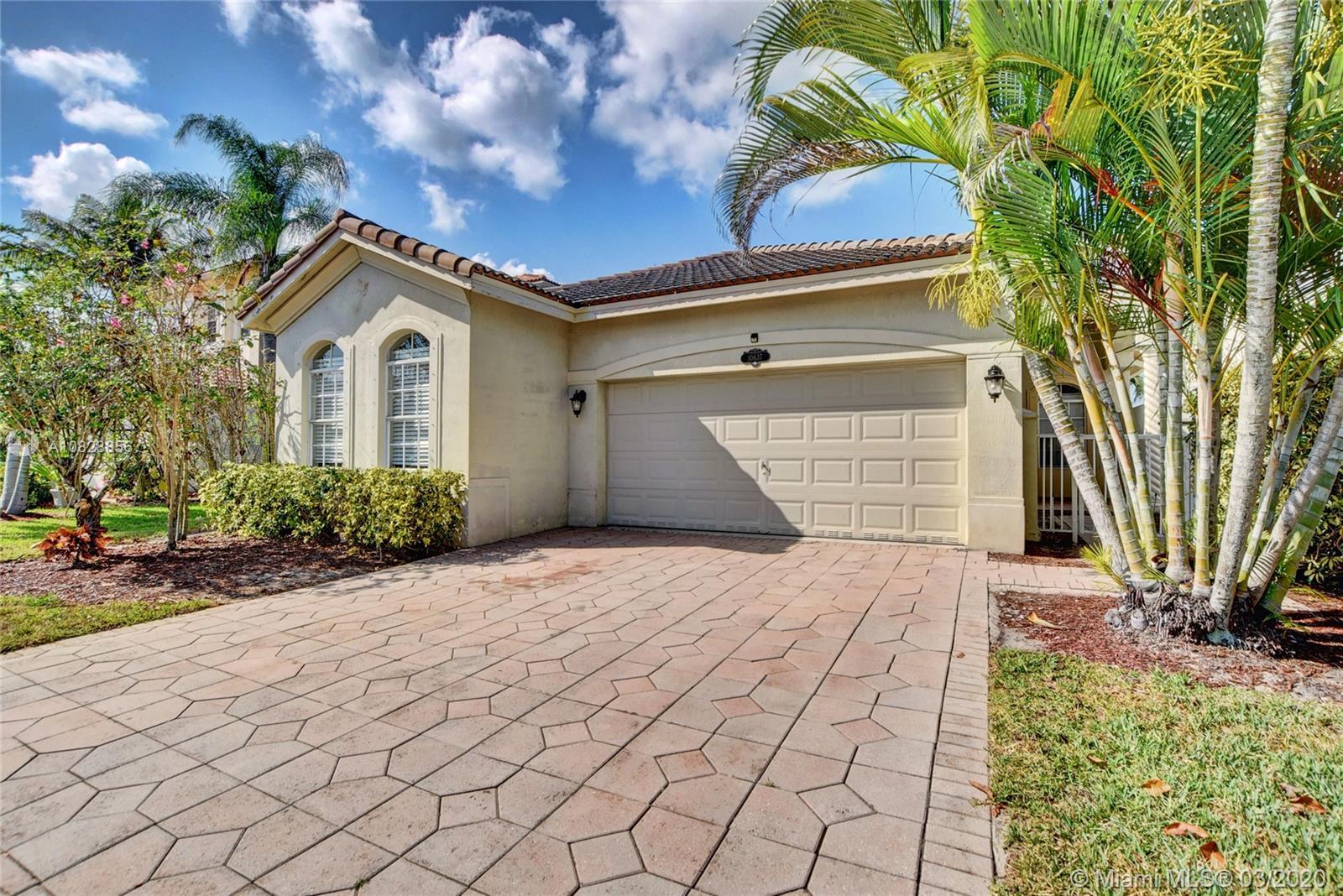 10637 Falls St, Wellington, FL 33414 - Wellington, FL real estate listing