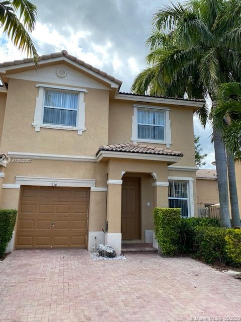 956 NE 42nd Ave, Homestead, FL 33033 - Homestead, FL real estate listing