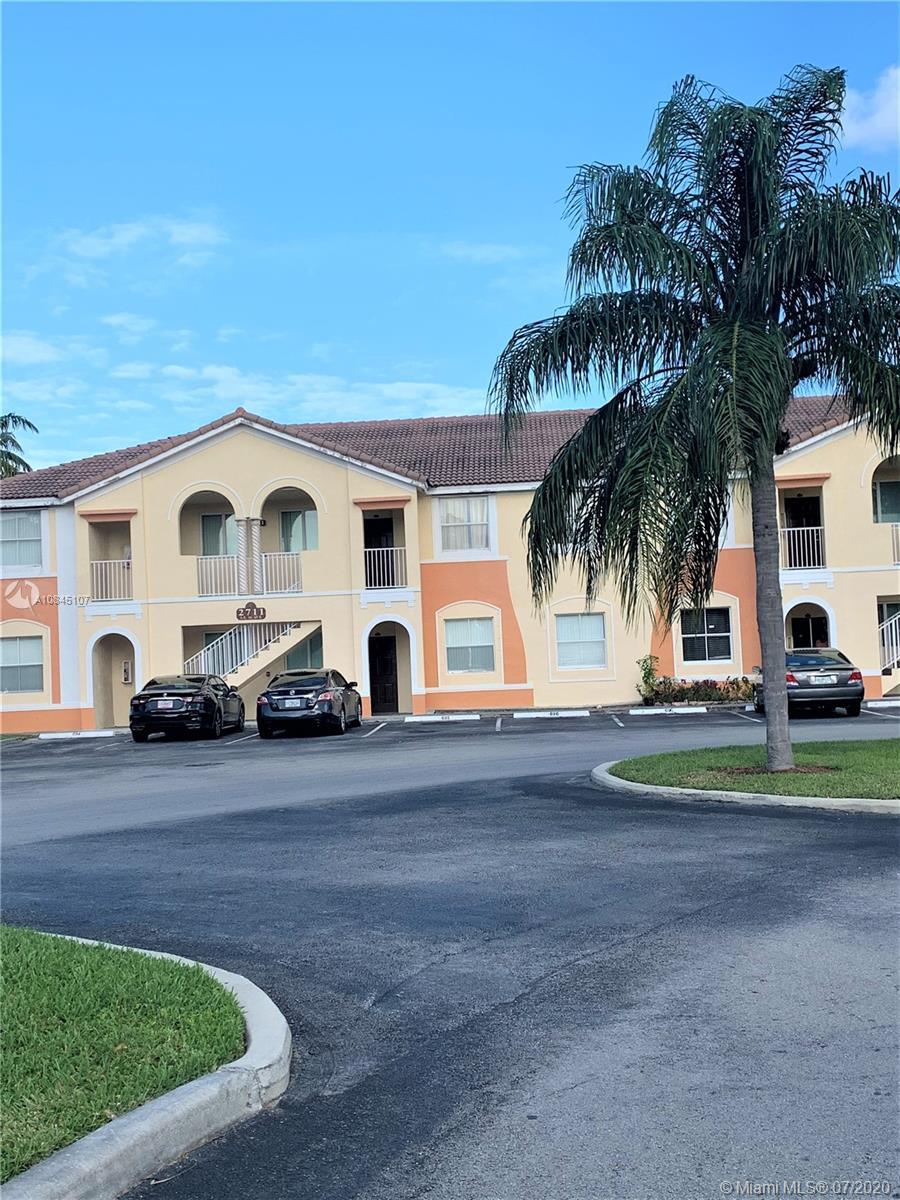 2711 SE 16th Ave #102 Property Photo