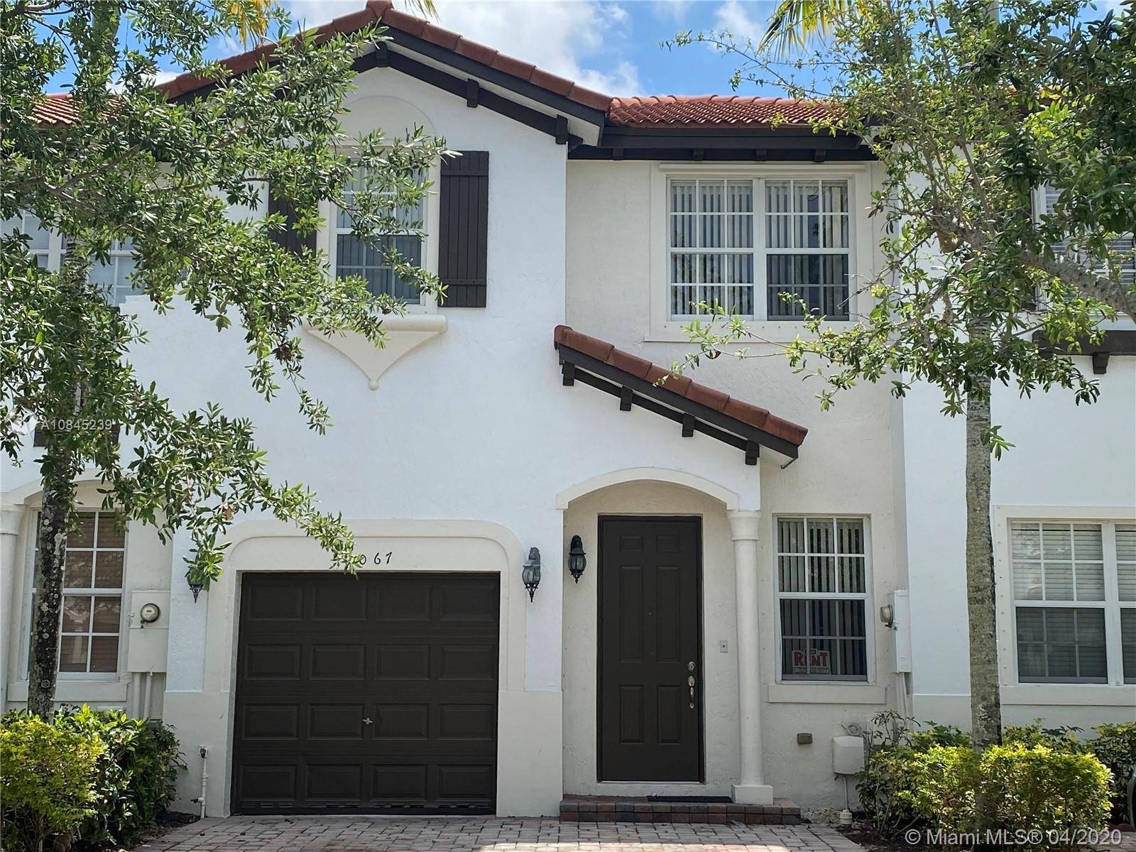 1067 Ne 30th Ave #1067 Property Photo