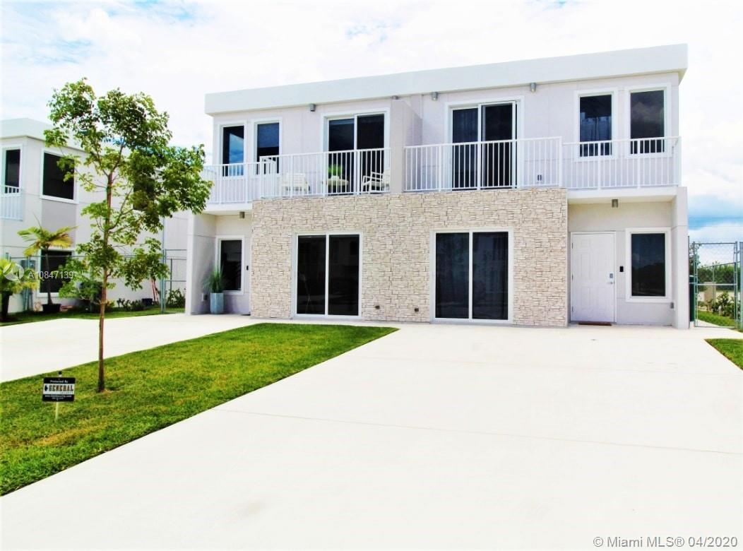 26151 Sw 136th Ct Property Photo