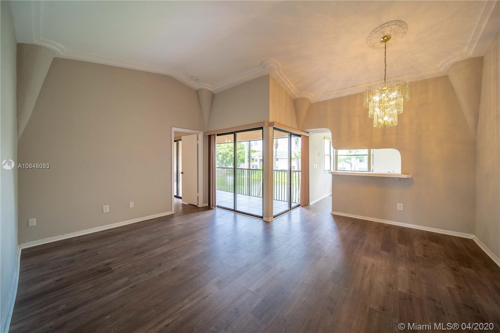Lakeshore Condo 11 Real Estate Listings Main Image