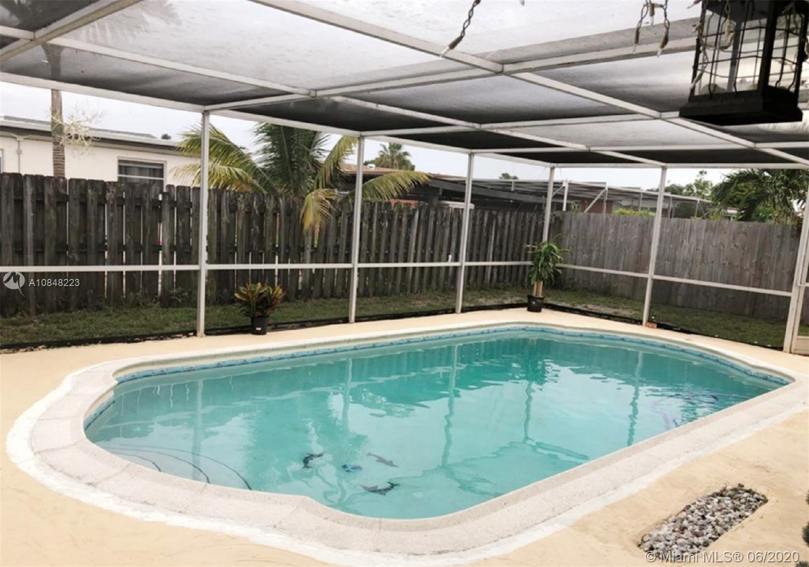 6516 NW 2nd St Property Photo - Margate, FL real estate listing
