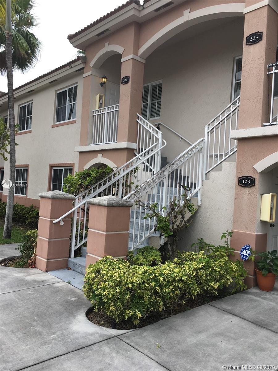 1261 SE 27th St #202 Property Photo