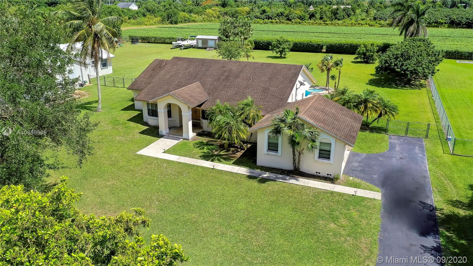 18450 Sw 244 St Property Photo