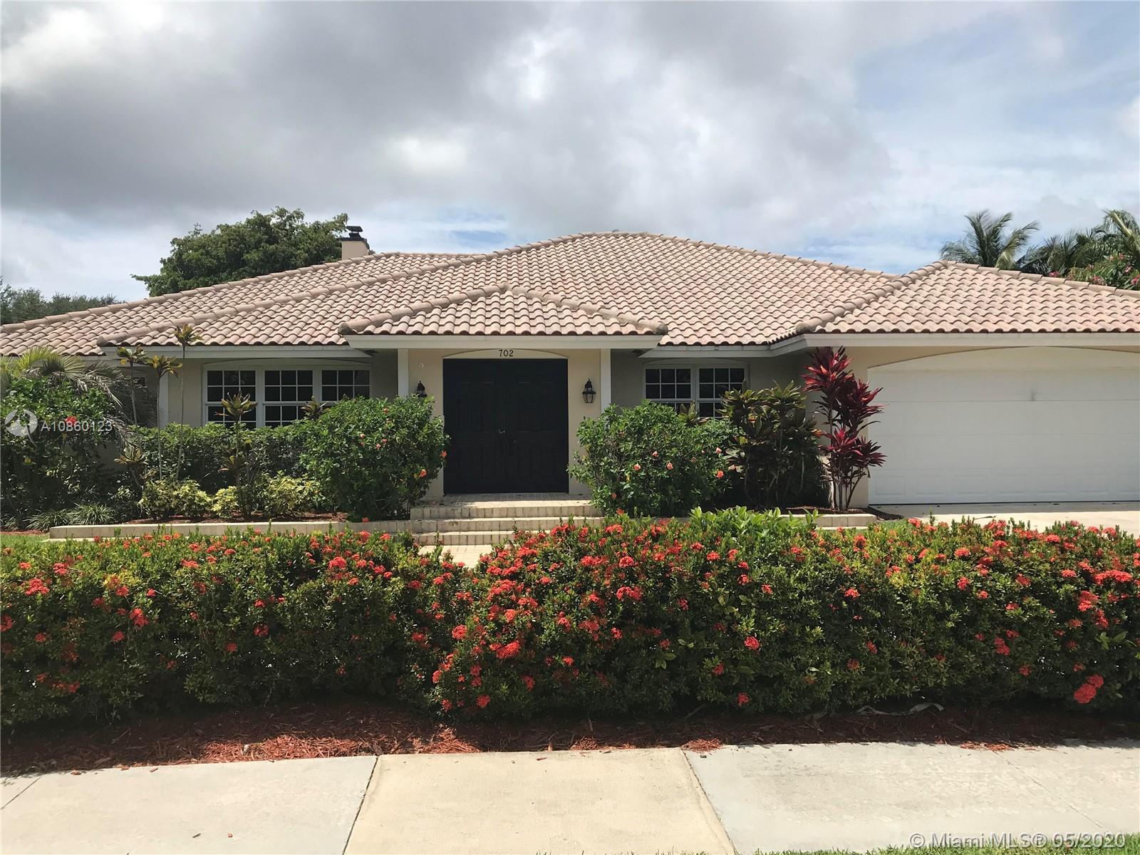 702 SW 33rd Pl Property Photo - Boynton Beach, FL real estate listing