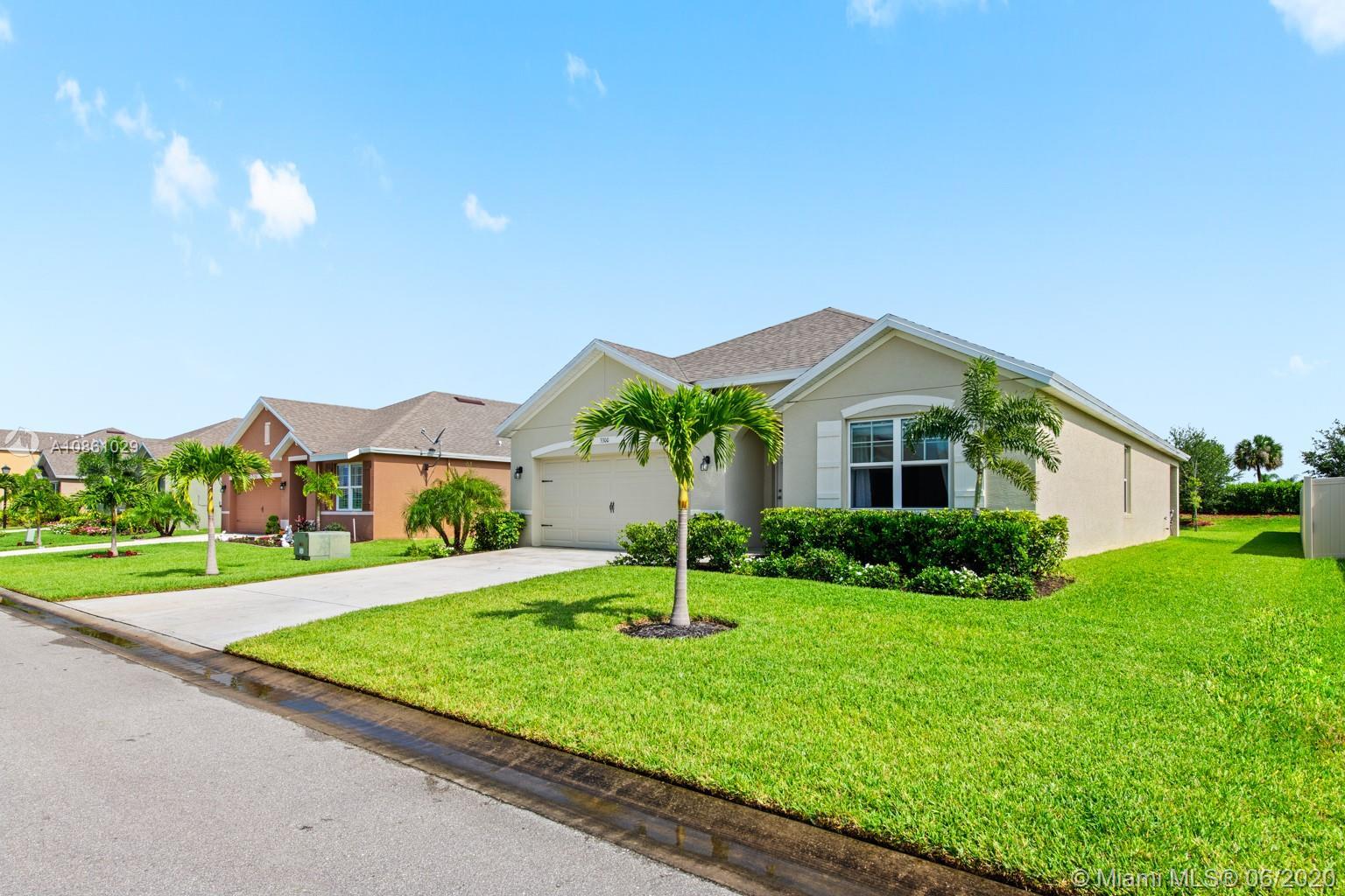 3300 SW Rockport St SW Property Photo - Vero Beach, FL real estate listing