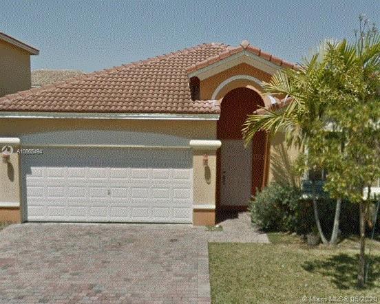 10847 SW 247th St Property Photo
