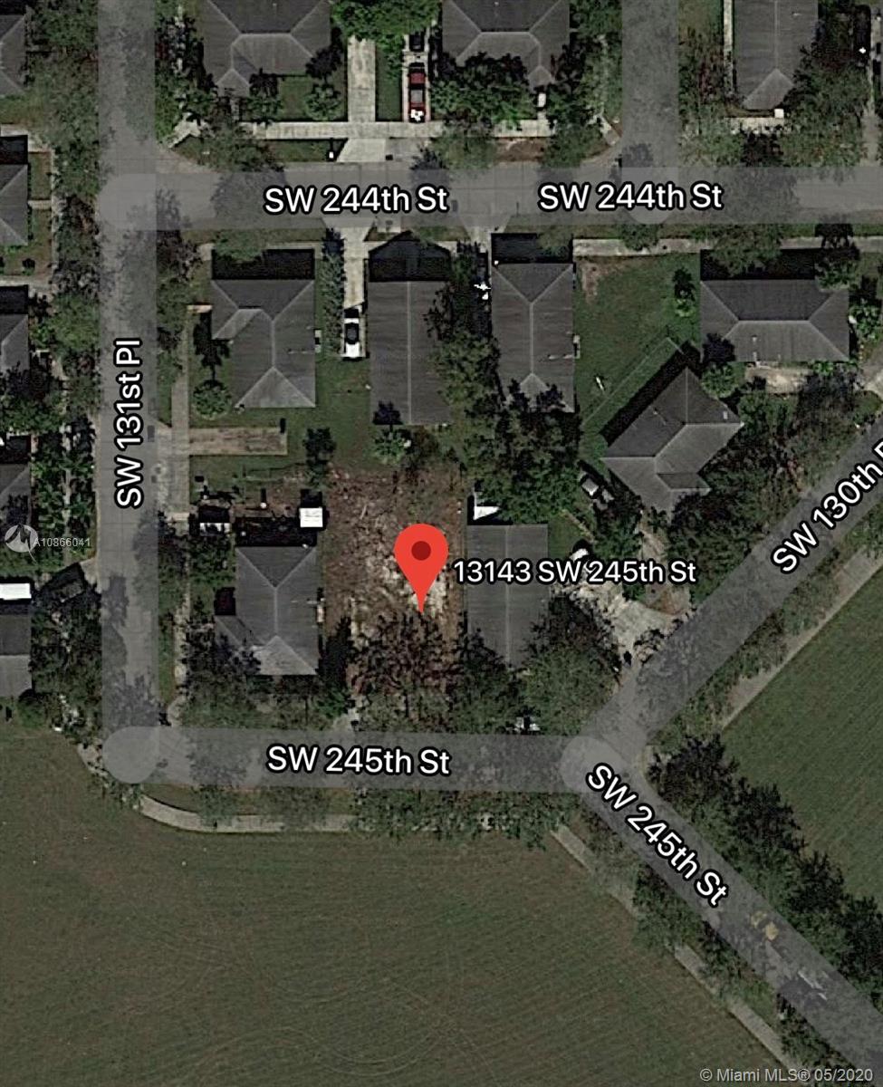 13143 SW 245th St Property Photo