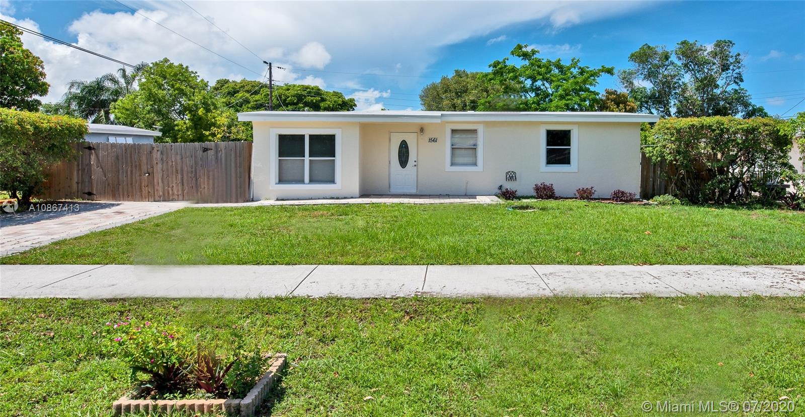 1561 NE 47th Ct Property Photo - Pompano Beach, FL real estate listing
