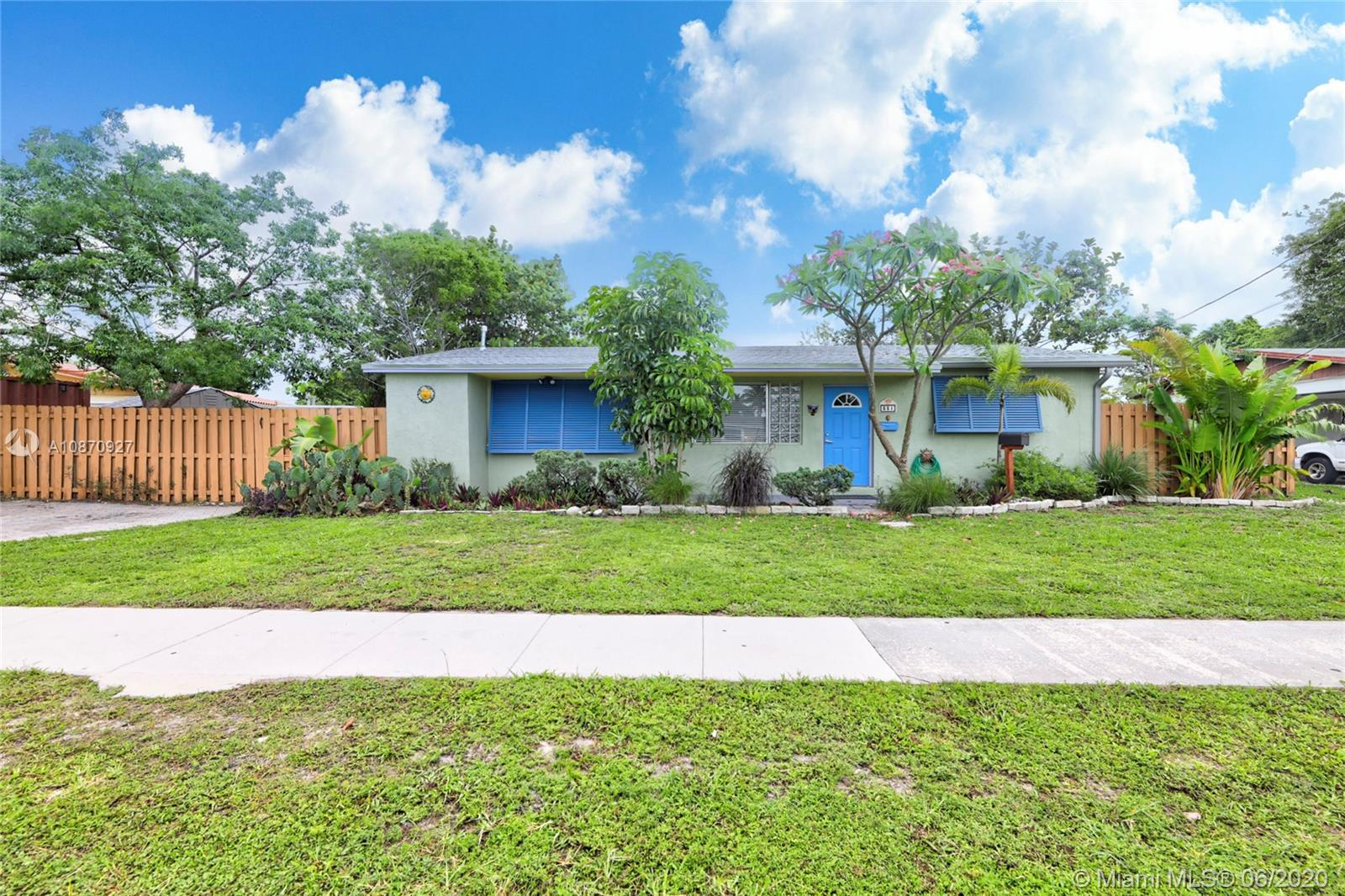 331 NW 38th St Property Photo - Deerfield Beach, FL real estate listing
