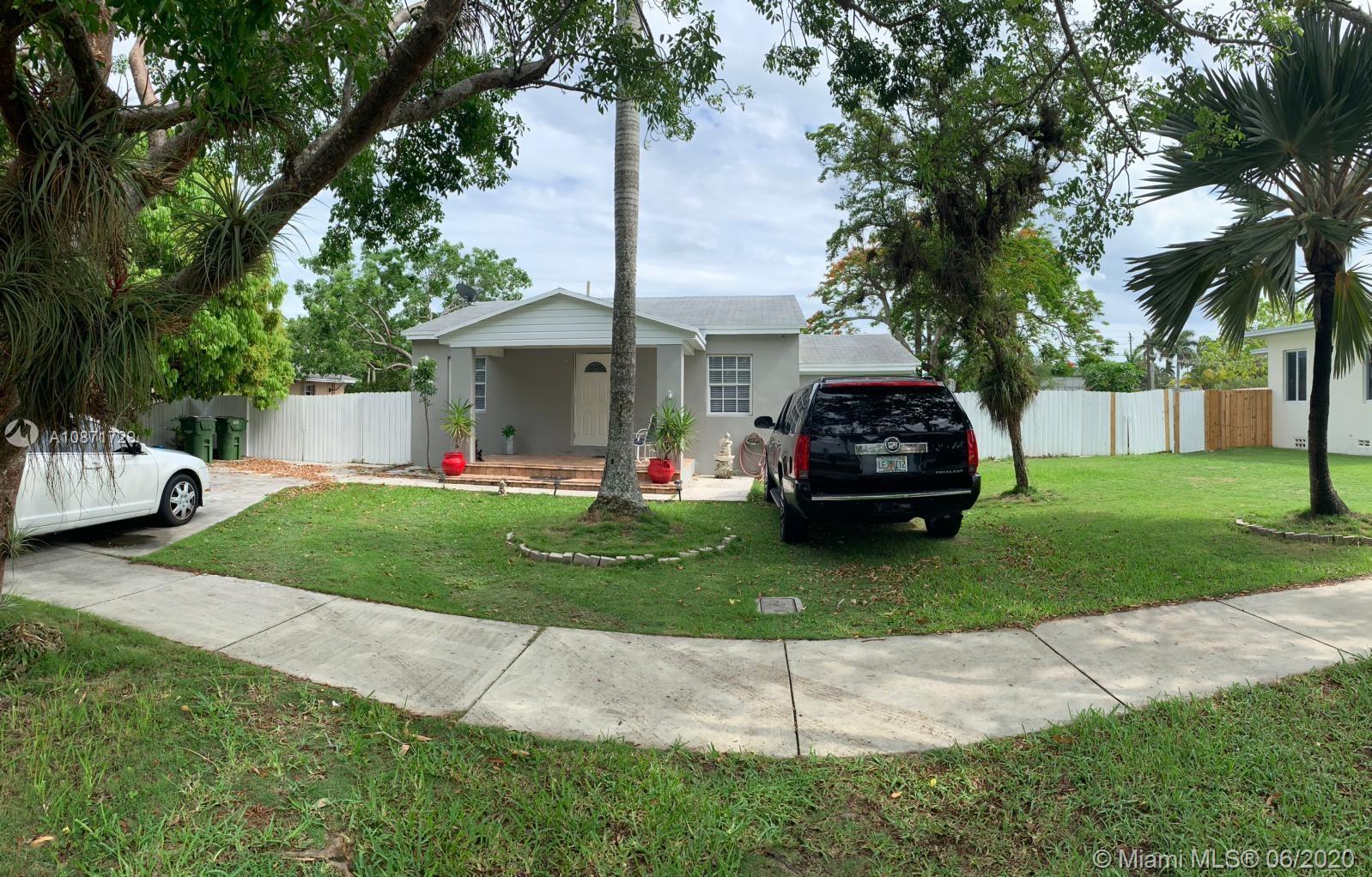 122 NE 18th St Property Photo - Homestead, FL real estate listing