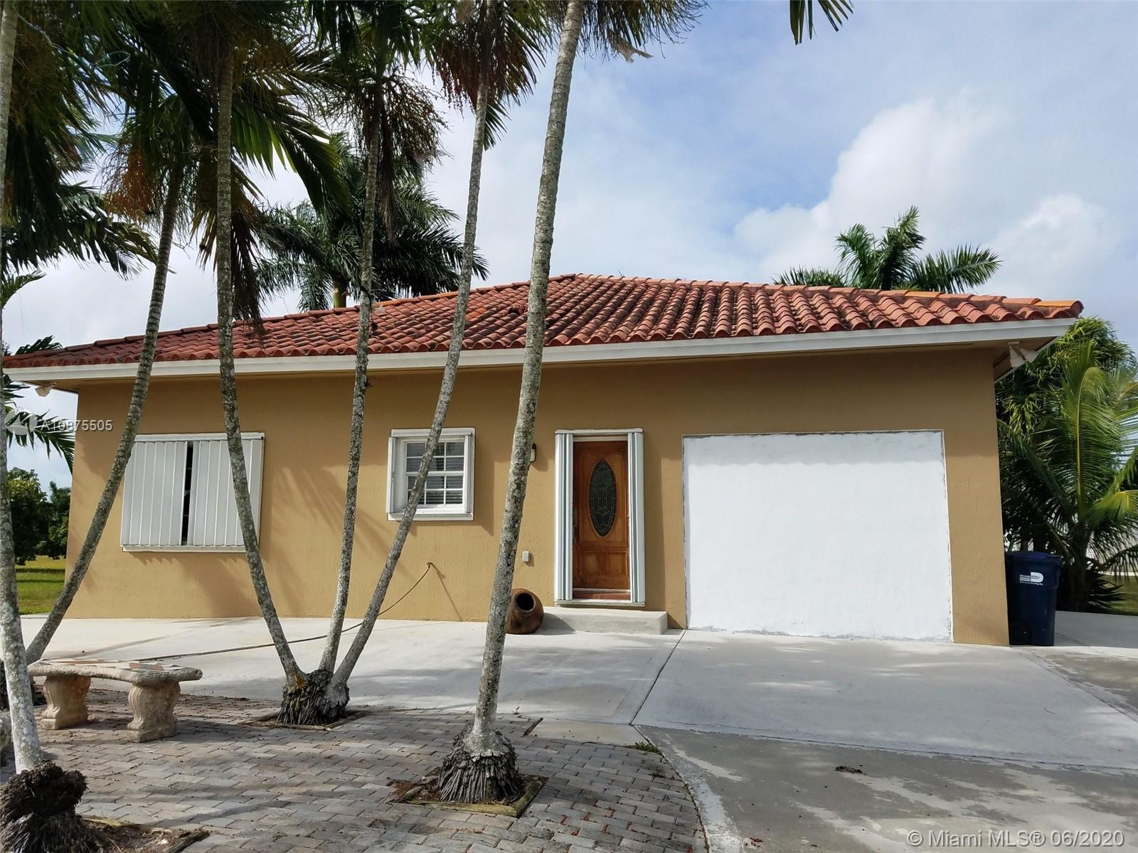 20200 Sw 280 St #guest House Property Photo