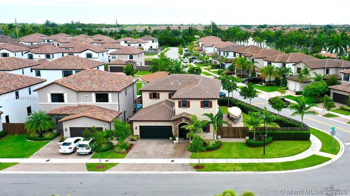 Coco Palm Estates Real Estate Listings Main Image