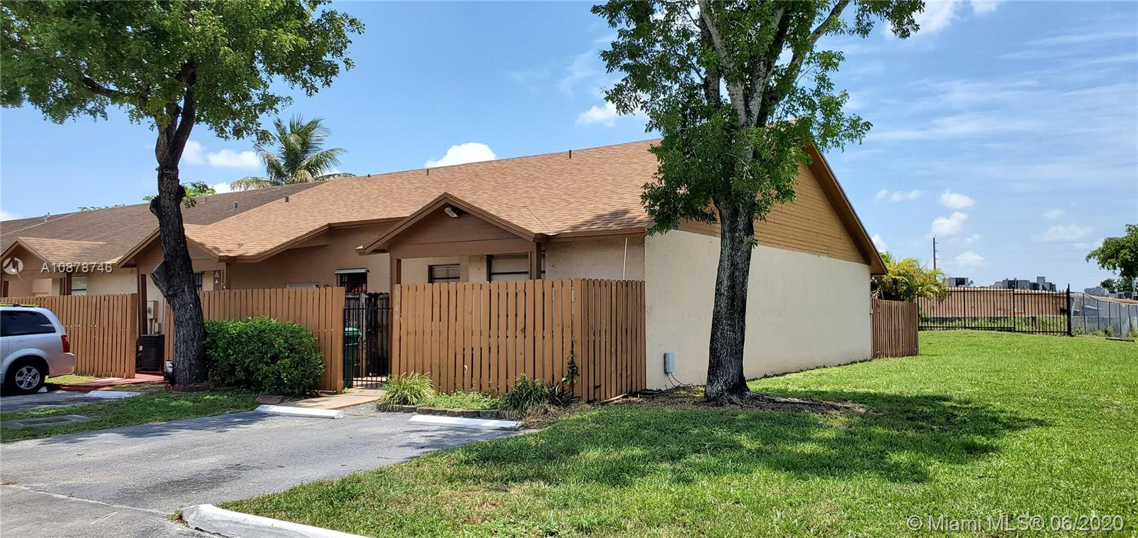 6748 NW 188th Ter #6748 Property Photo - Hialeah, FL real estate listing