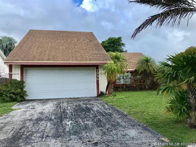 1355 S Fieldlark Ln Property Photo - Homestead, FL real estate listing
