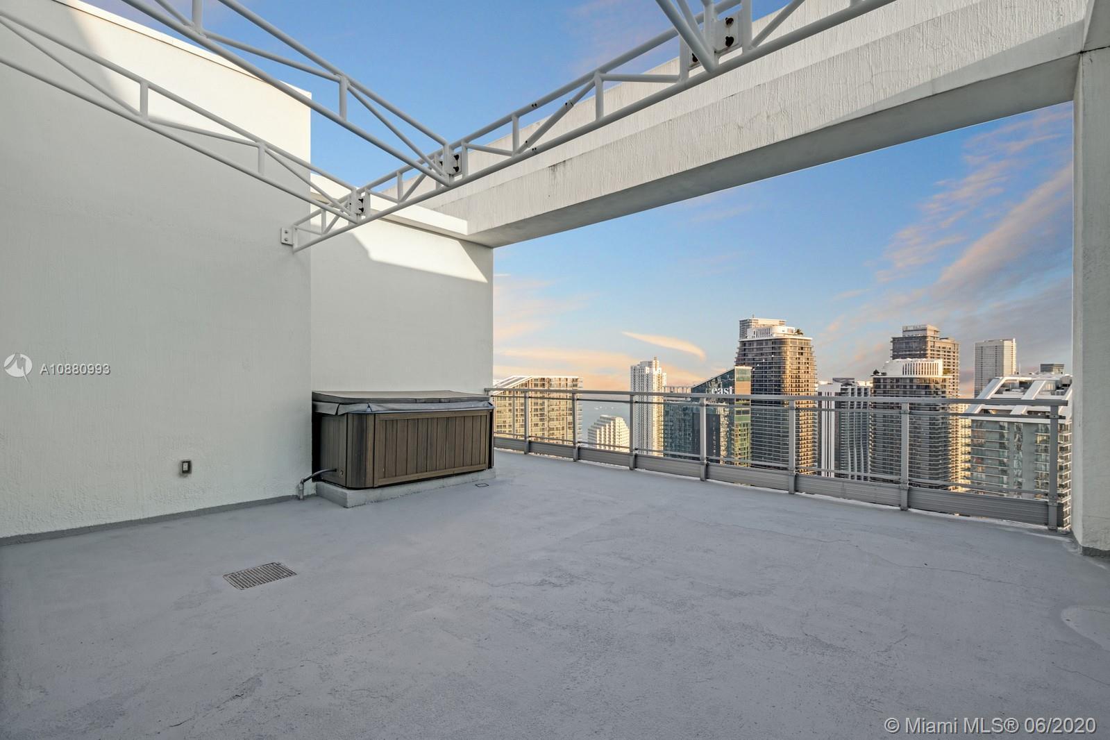 92 SW 3rd St #PH5203 Property Photo - Miami, FL real estate listing