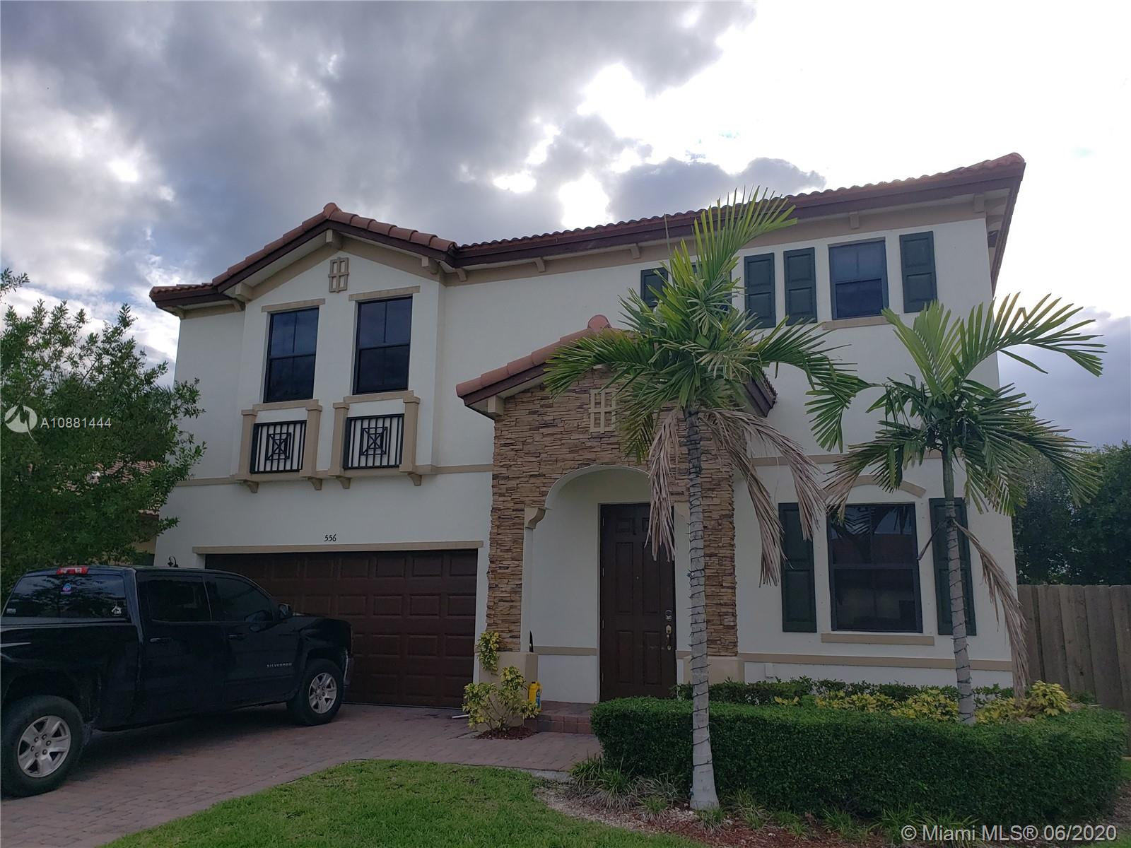 556 SE 37th Ave Property Photo - Homestead, FL real estate listing