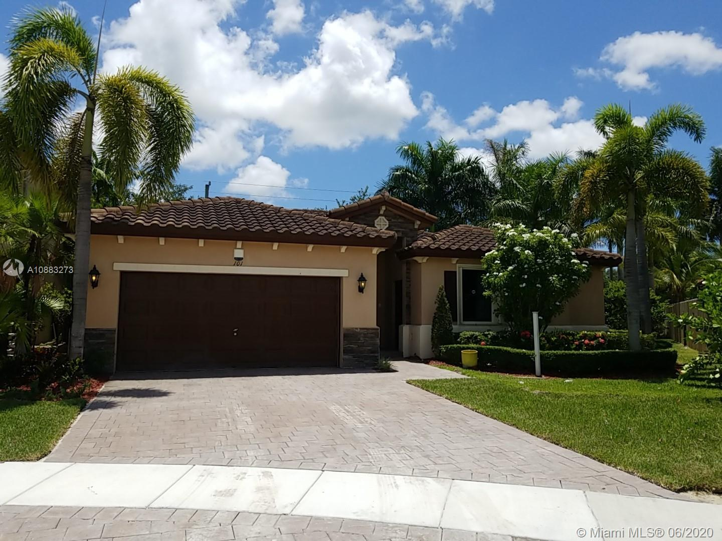 101 NE 27th Ter Property Photo - Homestead, FL real estate listing