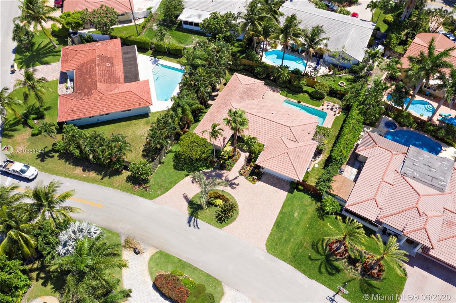 4121 NE 22nd Ter Property Photo - Lighthouse Point, FL real estate listing