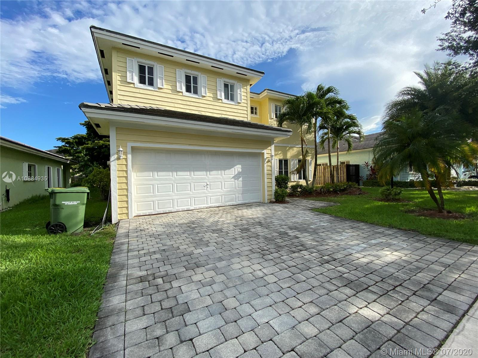 2866 NE 4th St Property Photo - Homestead, FL real estate listing