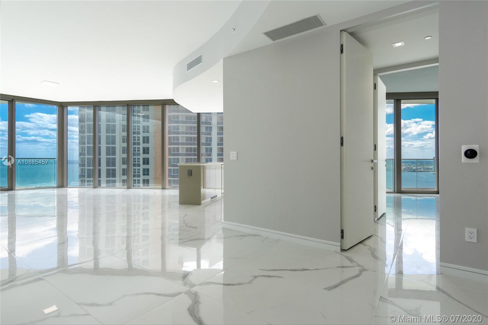 18975 Collins Ave #2304 Property Photo