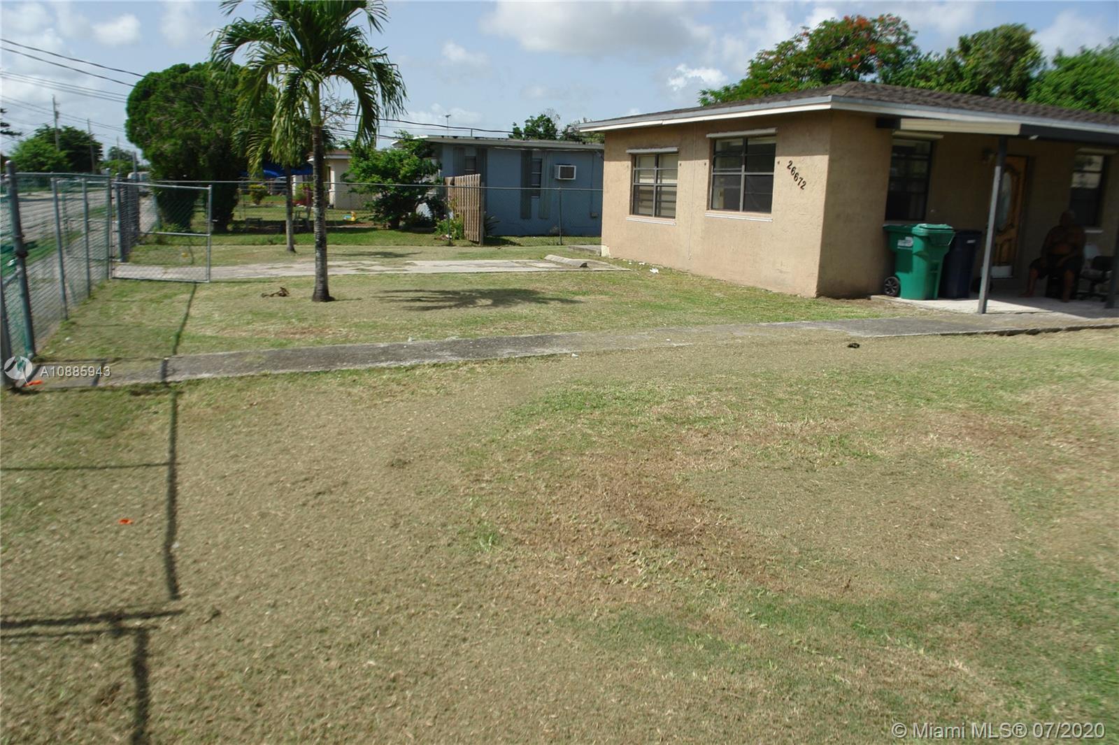 26672 SW 137th Ct Property Photo